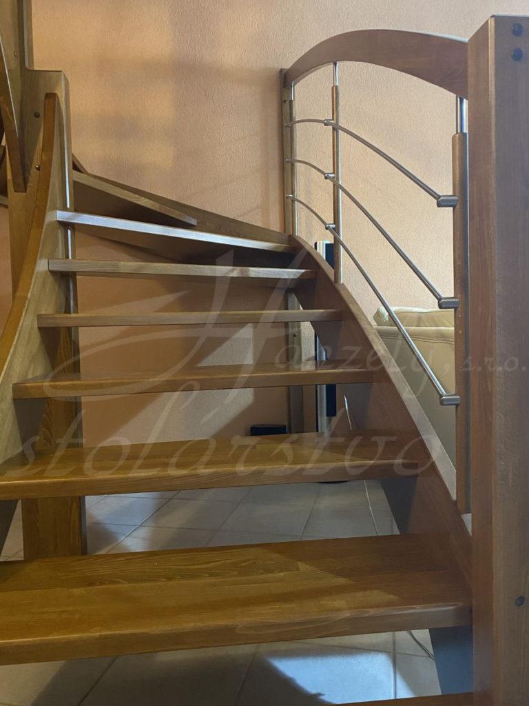 Bukové schody
